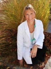 Dr. Robyn Benson